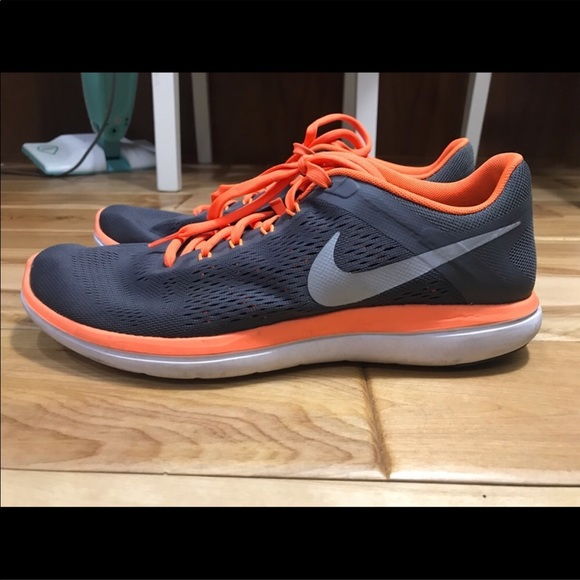 Nike Other - Nike 2016 Flex Run Sneakers Men's 10